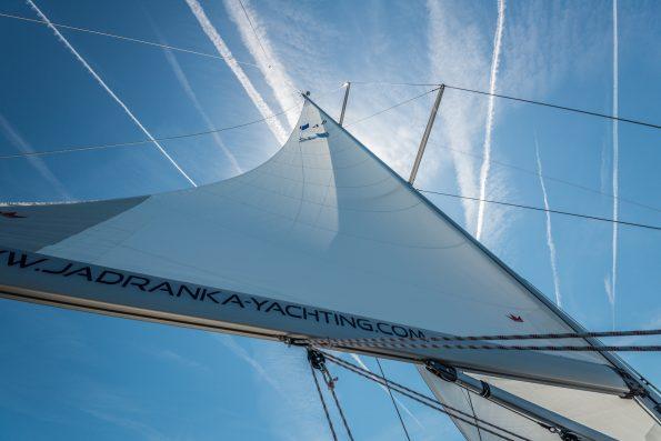 sail-400048