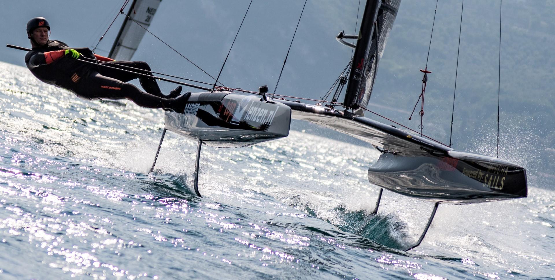 2017-A-class-catamaran-Spring-Cup-Lake-Garda-DNA-F1_2 freigegeben für Fitbleibenmitsegeln.de