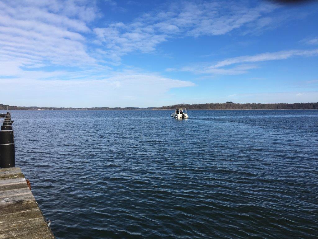 Motorbootfahren lernen bei der Wassersportschule Rosenheim